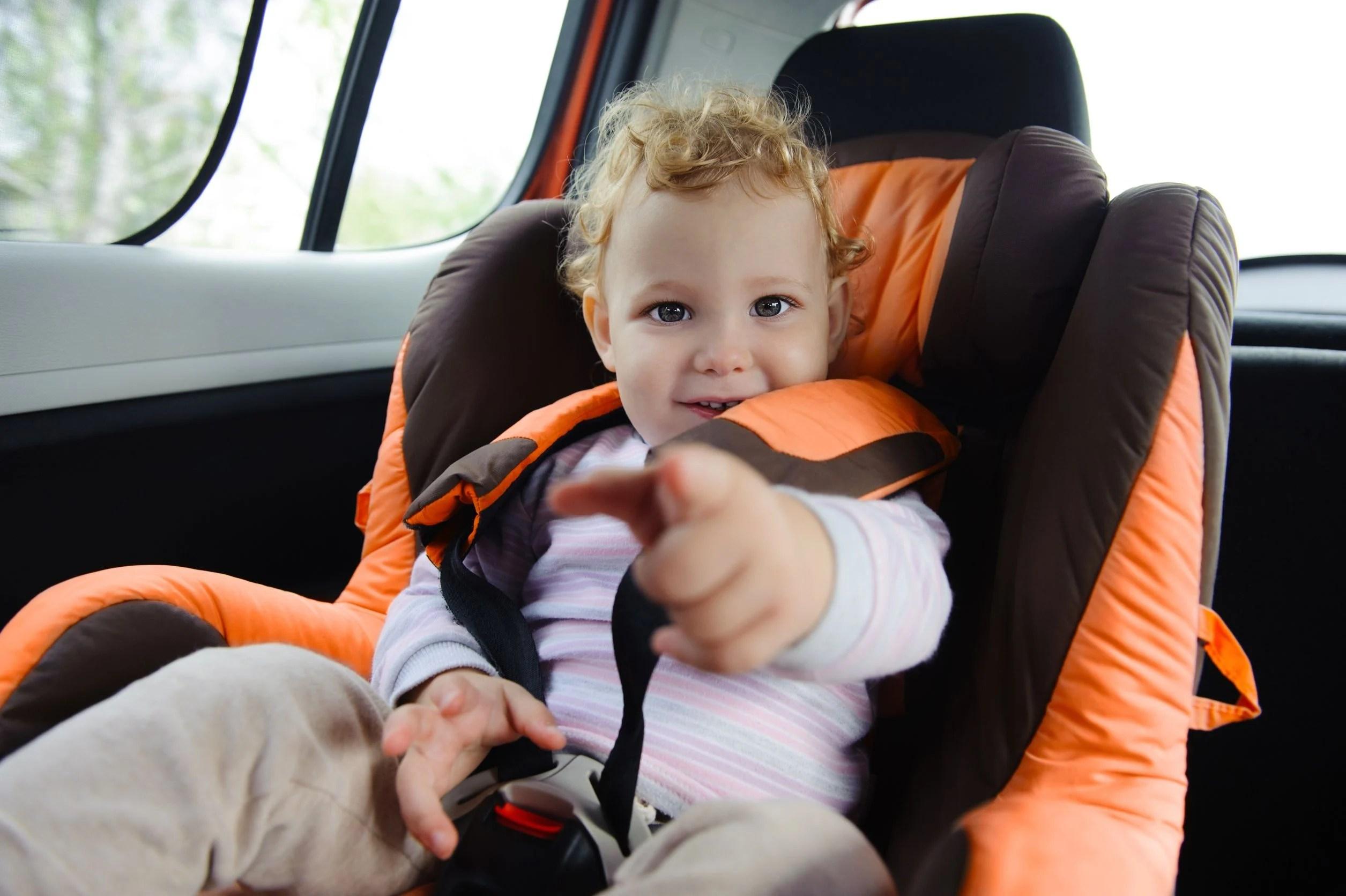 il mondo del bambino baby chair proper posture office bimbi dimenticati in auto arriva la legge salvabebè