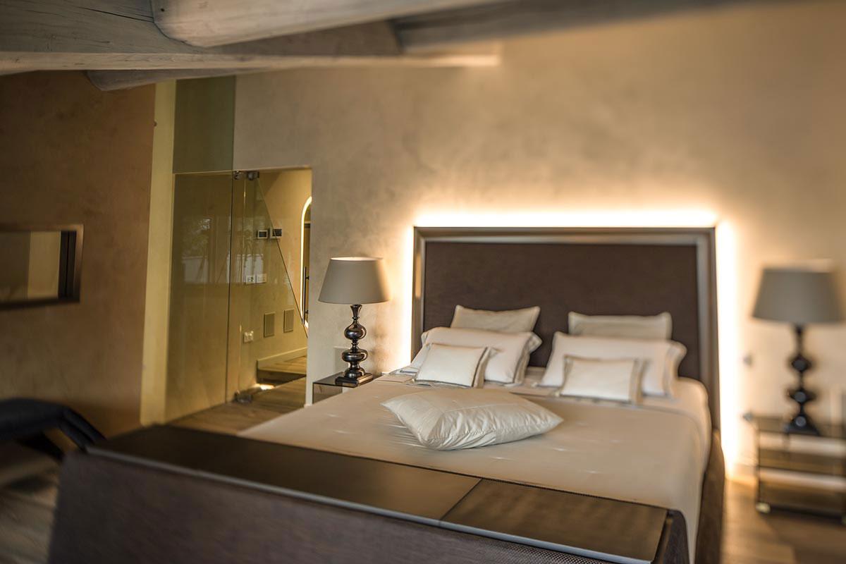 Una camera da letto non deve essere rigida e fredda. Arredamento Camera Da Letto Idee E Consigli Per La Zona Notte Studioceri