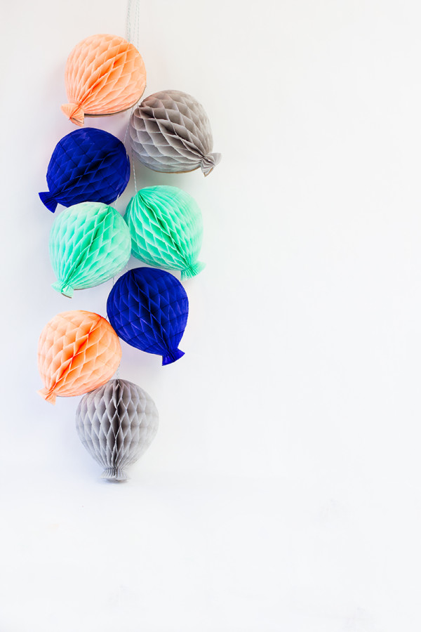 DIY Honeycomb Balloon Garland