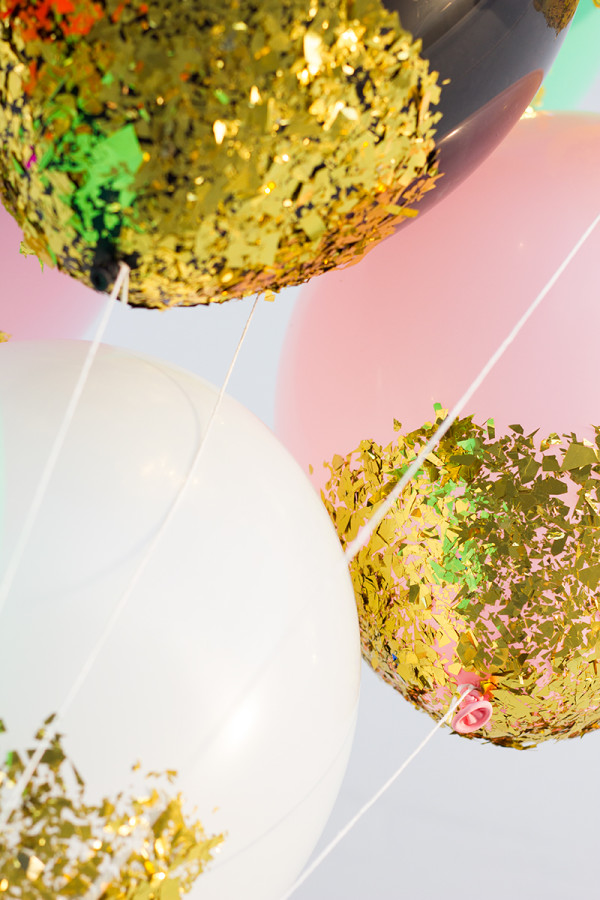 https://i0.wp.com/www.studiodiy.com/wordpress/wp-content/uploads/2013/09/How-To-Make-Confetti-DIpped-Balloons-600x900.jpg