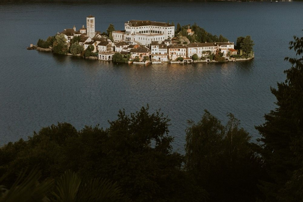 The top Italy wedding venues by © Lake Como wedding photographer