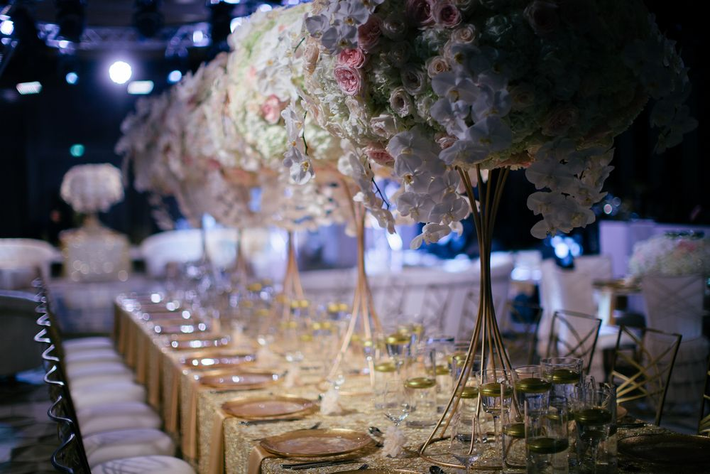 Wedding flowers Dubai, Wedding design in Dubai by dubai wedding videographer