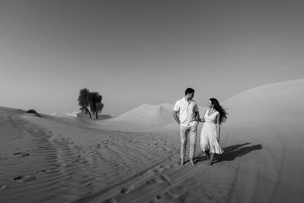 Desert session in Dubai by Dubai wedding photography