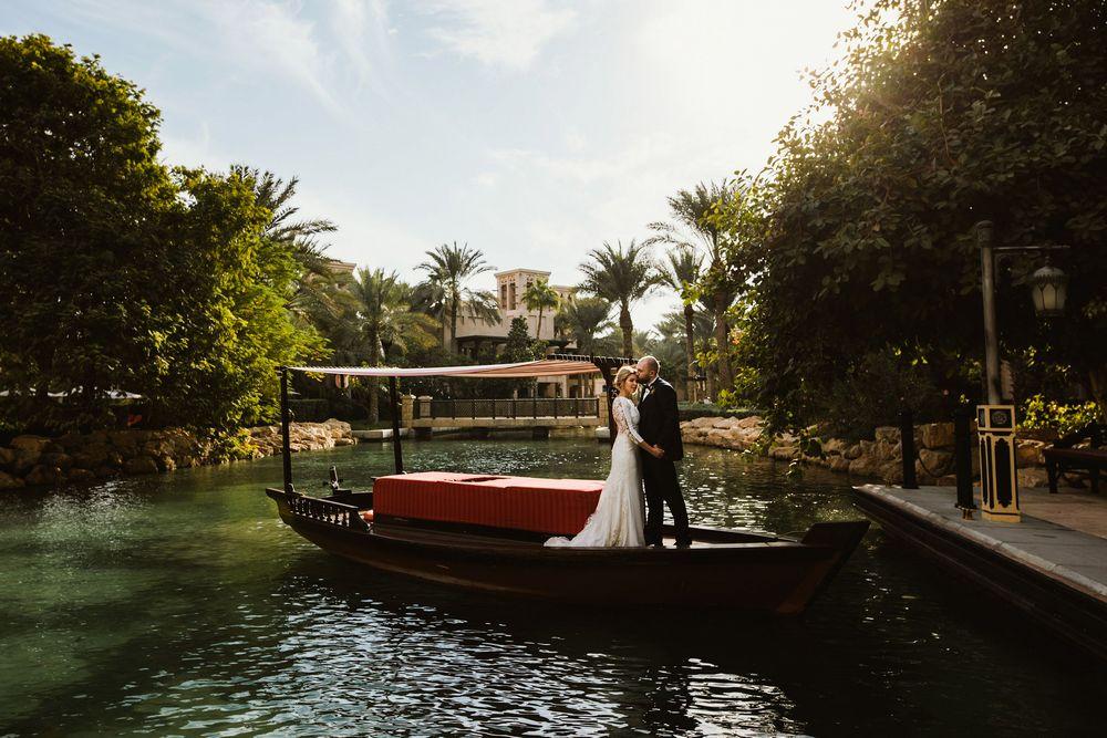Newlywed couple in Madinat Jumeirah Dubai