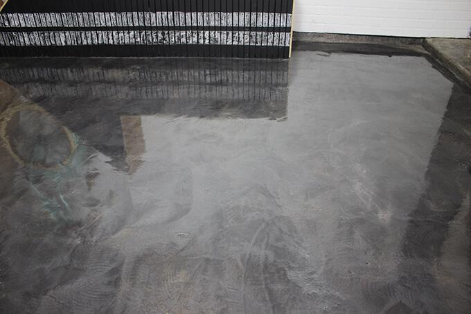 Garage Floor Coating with RustOleum RockSolid