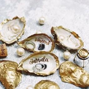 Gold painted oyster shells : https://www.instagram.com/p/BDfjuYvFTUj/