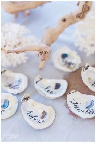 Shells : http://www.ellesonevents.com/journal/chic-sea-glass-beach-wedding-south-seas-destination-wedding-hunter-ryan-photography