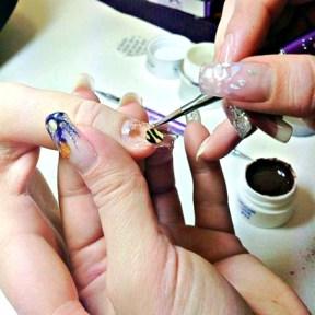 Byggnation av nagelförlängning i gelé