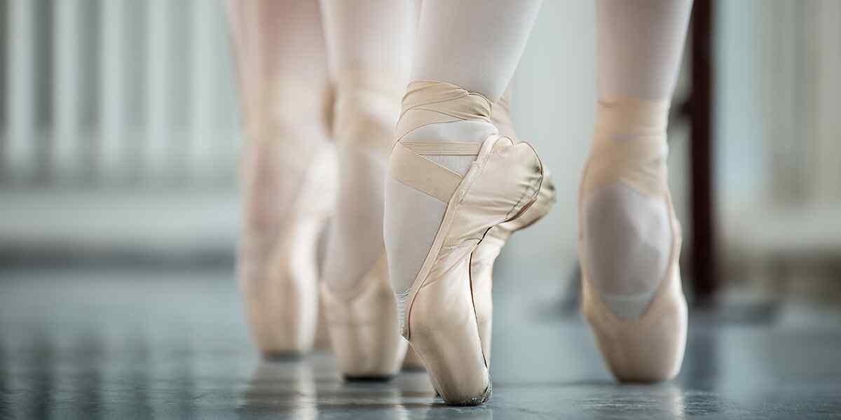 https://i0.wp.com/www.studiohetpodium.nl/wp-content/uploads/2019/04/inner_dance_08.jpg?fit=1200%2C600&ssl=1