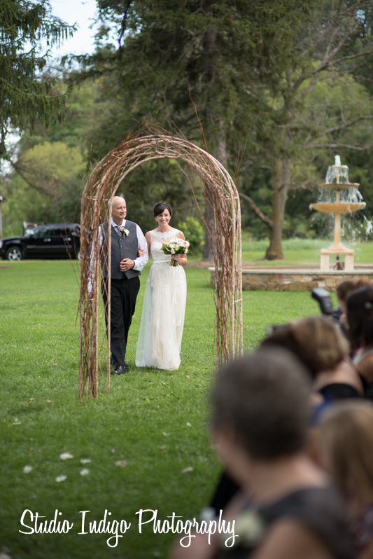 sugarland-barn-wedding-13