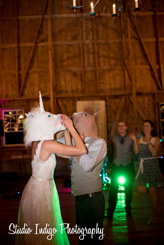 sugarland-barn-wedding-35