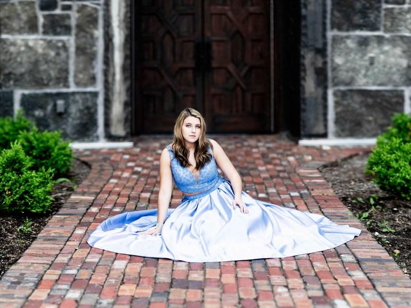 Senior Pictures Verona WI – Nikki
