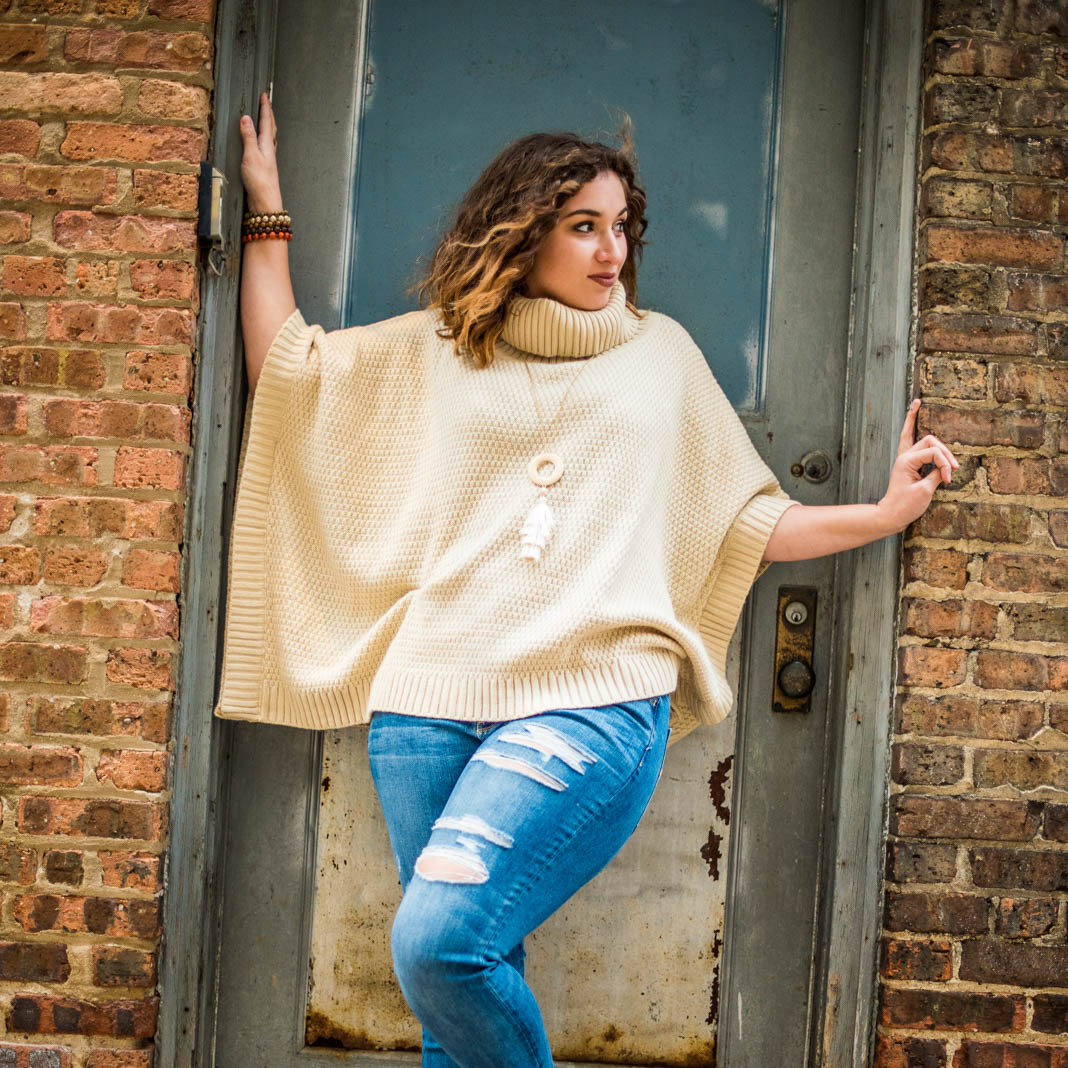 Love high school senior Taylor's pose in this vintage door way in downtown madison for this urban senior portrait. Taylor was a great model and we got natural fun and relaxed expressions all day for her senior portrait yearbook photo session.