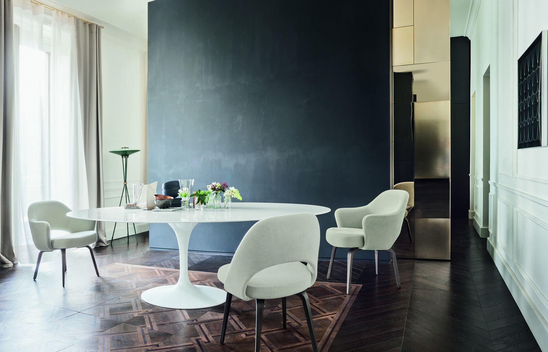 tulip table and chairs nz saarinen executive armless chair dining studio italia