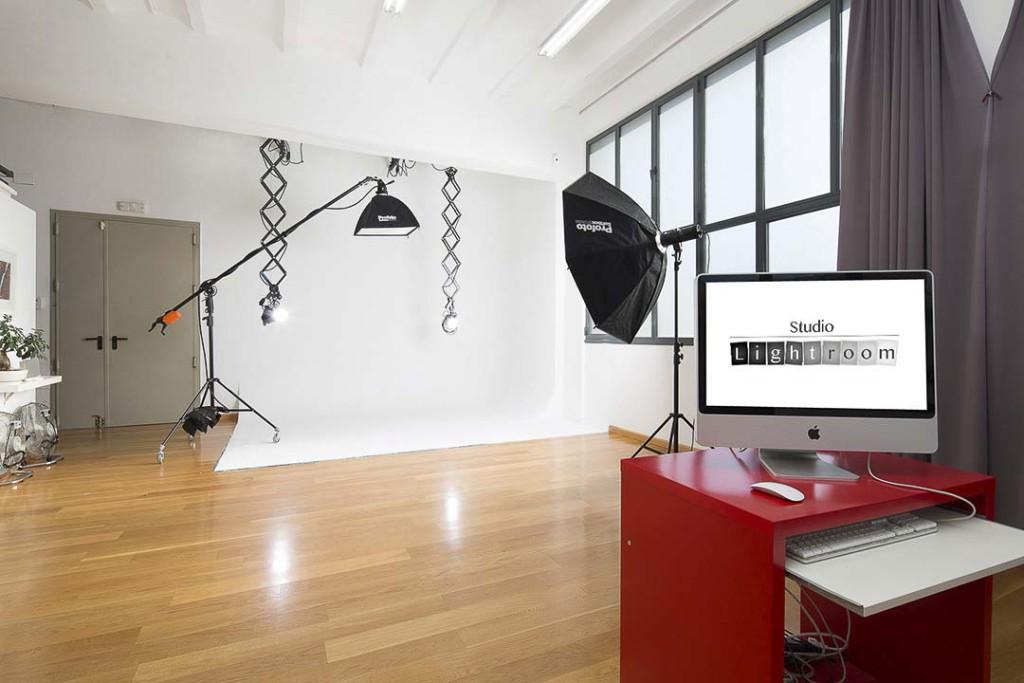 ¿Qué cámara y equipo necesito para estudio fotográfico casero?