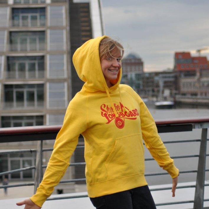 STUDIO LONGBOARD Hoodie yellow-red