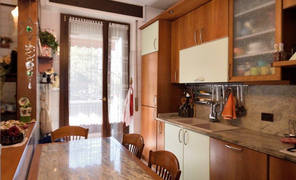 Appartamento di tre locali in vendita a Paderno Dugnano