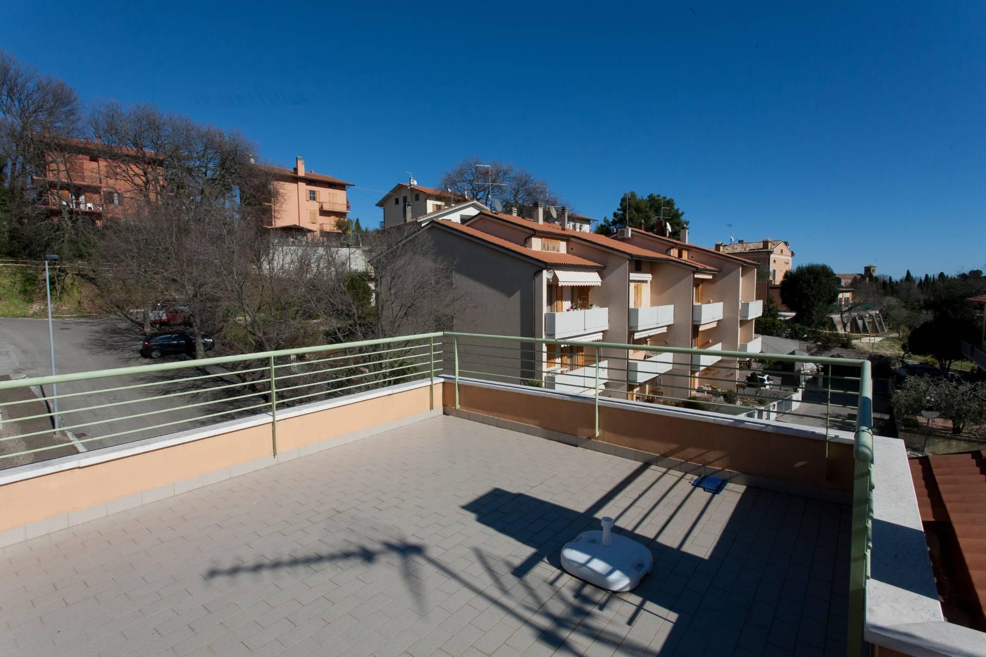 Villa a schiera in vendita a Pesaro - Studio Minerva Case ...