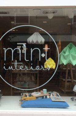 Winkels  Papieren origami lampen van Studio Snowpuppe