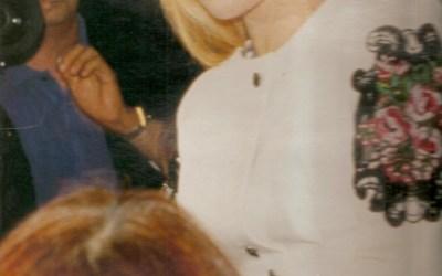 Sylvie Vartan de retour à Sofia en Bulgarie sur les traces de son enfance: c'est dans les mémoires de reportage de J F Chevais