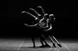 women dancing, ballet
