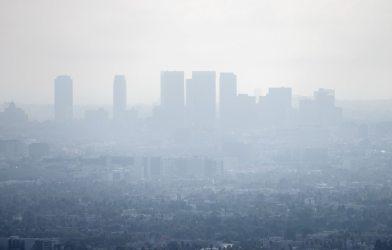 Smog, air pollution in Los Angeles