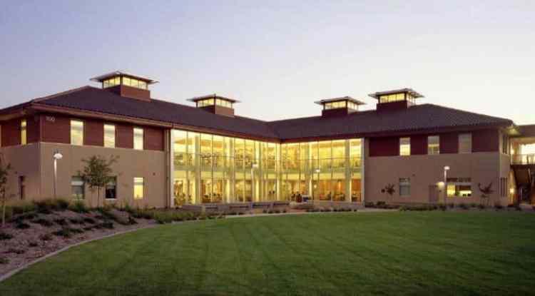 Santa Rosa Junior College 聖塔羅莎社區學院
