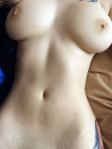une belle femme aux grosses mamelles du 78