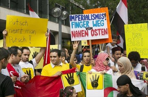 Die Demonstranten zogen durch Stuttgart. Foto: Horst Rudel