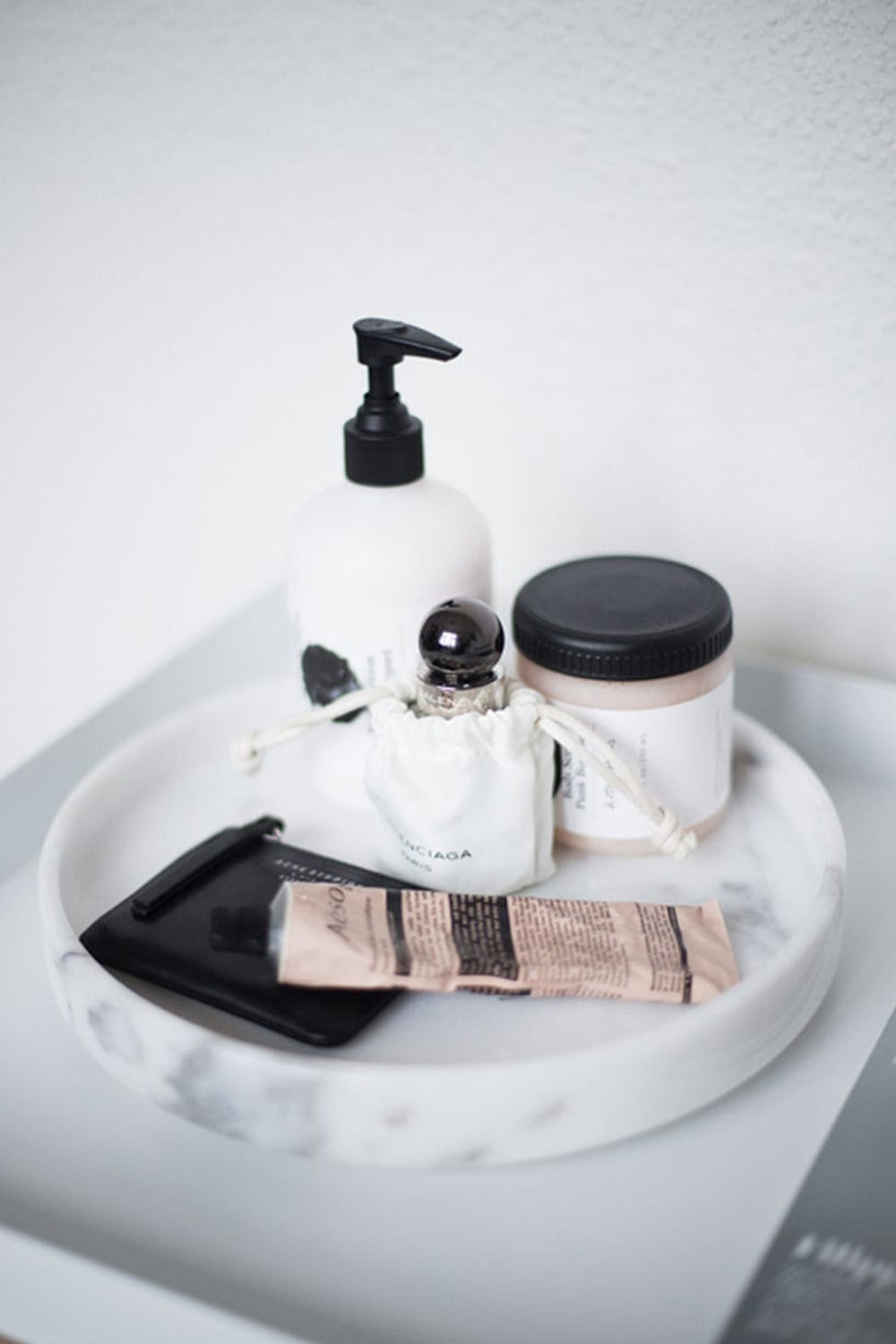 Minimal Bathroom Styling Tips  StyleMinimalism