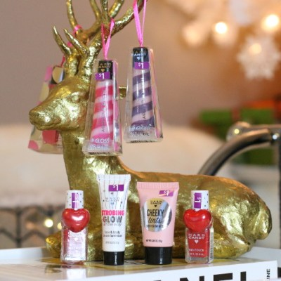 Holiday Gift Guide for the Beauty Buff + Giveaway 4 (CLOSED)
