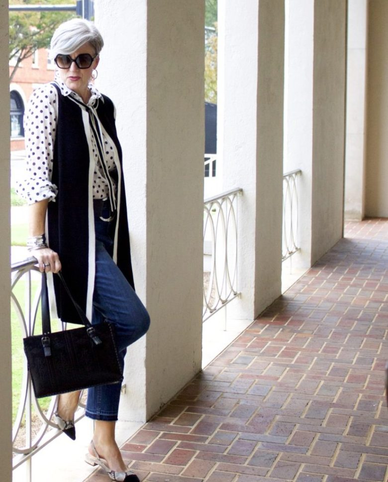 how to wear polka dots