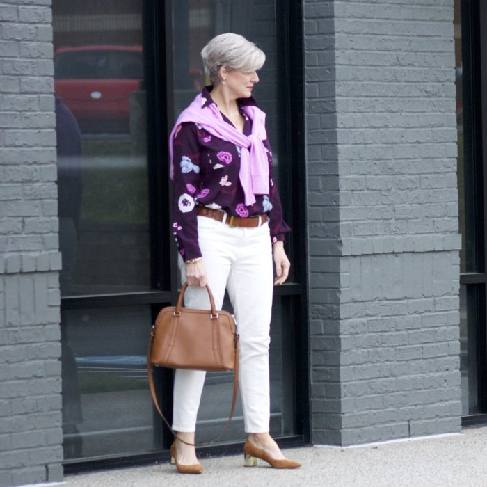 everlane ecru denim, ann taylor floral blouse, j.crew italian cashmere sweater, ann taylor suede pumps, ralph lauren belt, ralph lauren handbag