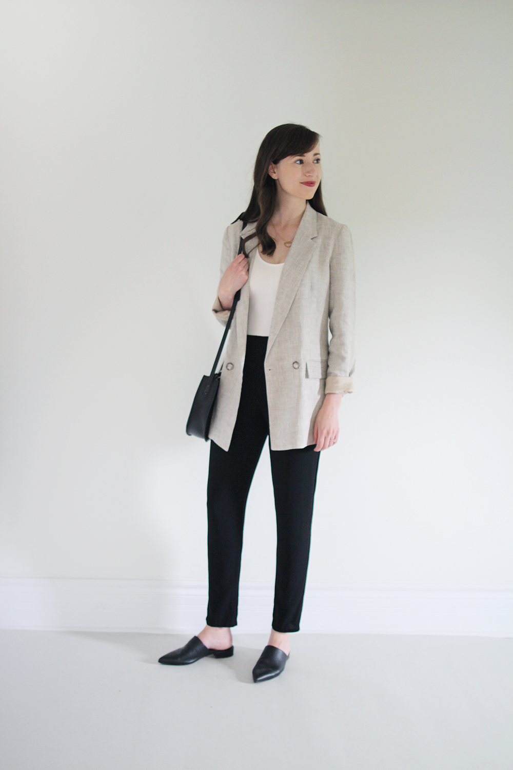 Style Bee - June 30x30 - Looks 19-22