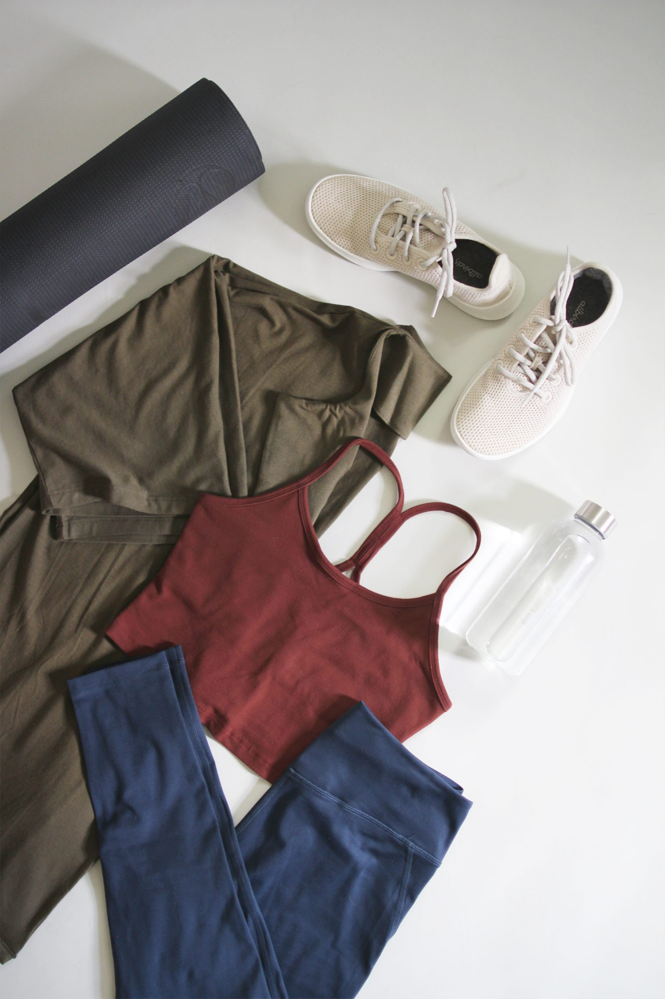 Style Bee - Summer 10x10 - Activewear Edition