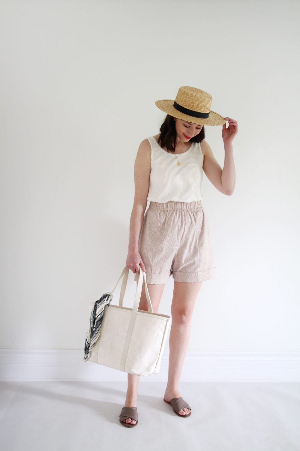 Style Bee - Easy Summer Packing with HDH