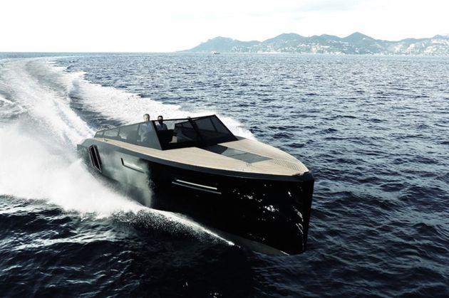 Super de luxe jacht blue martin evo 43 speedboot