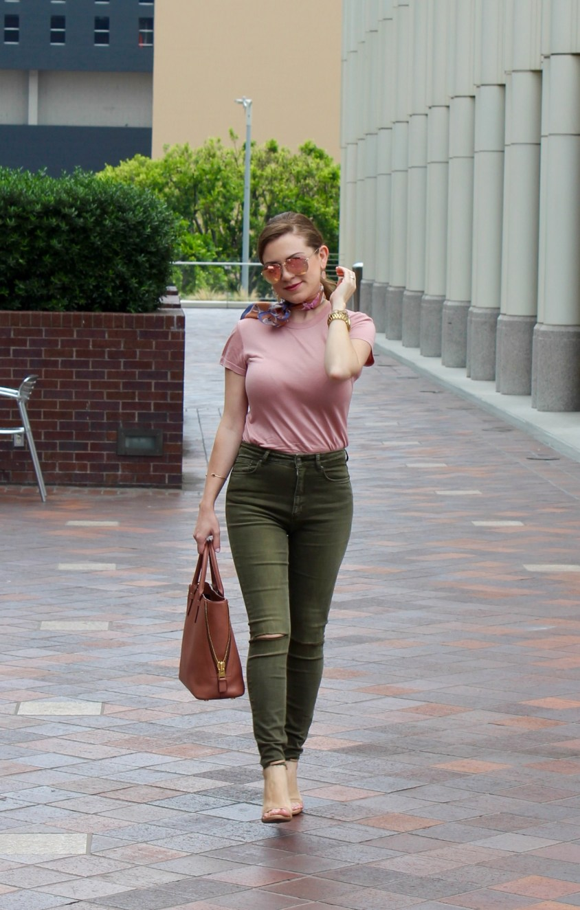 Olive_Green_Blush_Fall_Outfit_3