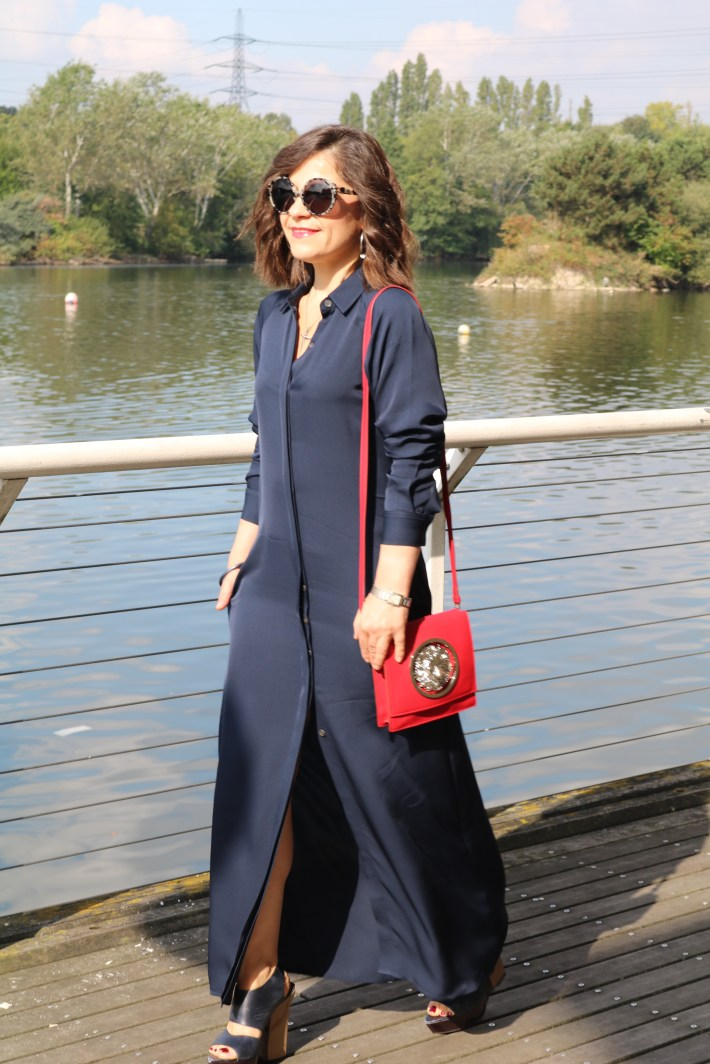 Navy_Maxi_Dress_Fall_Outfit_2