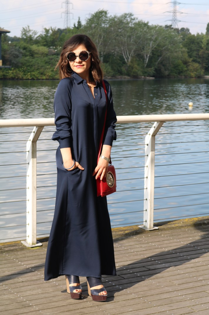 Navy_Maxi_Dress_Fall_Outfit_1