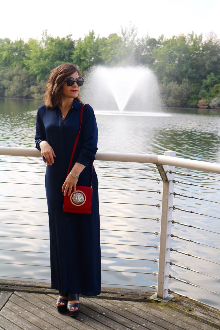 Navy_Maxi_Dress_Fall_Outfit_5