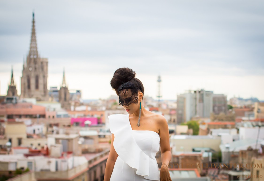 melbourne-cup-best-racing-outfits-2016_asos-bloggers_best-as-seen-on-me-look_white-jumpsuit_best-stylish-fascinator-13