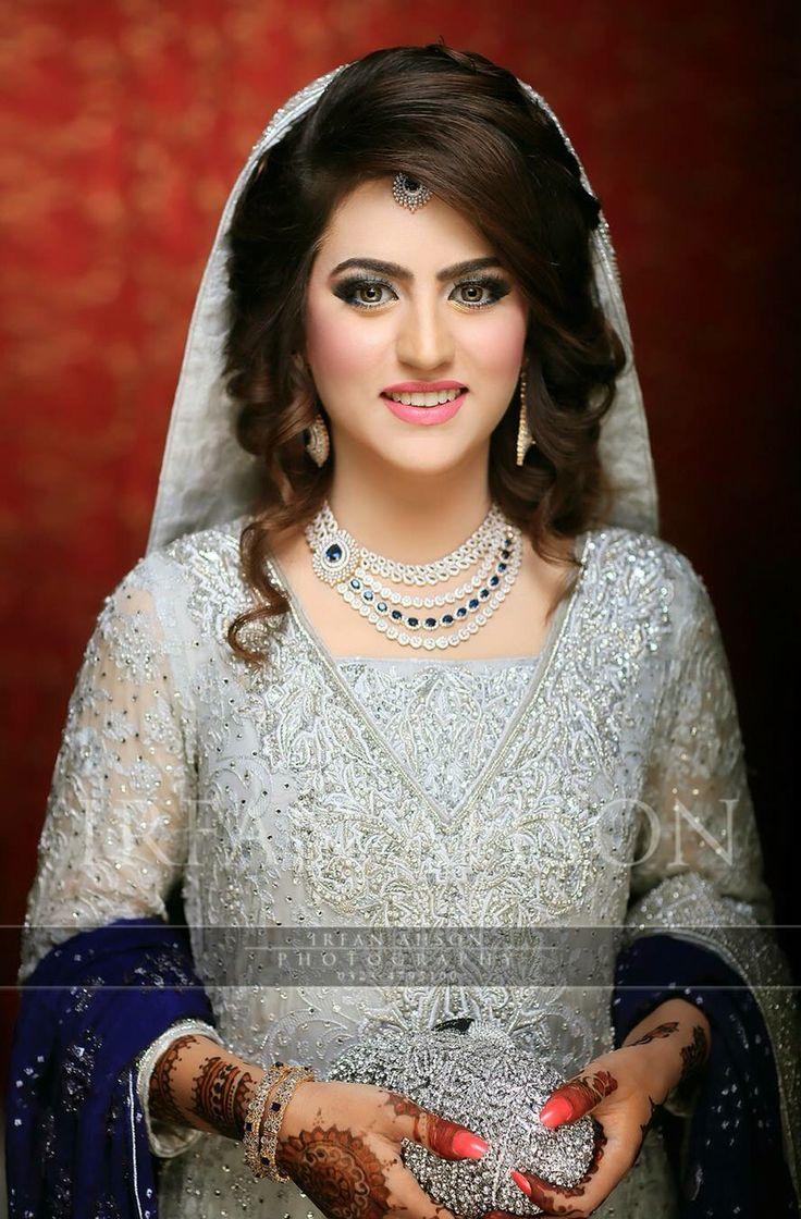 Best Pakistani Bridal Hairstyles 2018 For Wedding