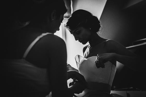 11-getting-ready-bride-anastasia-arrigo