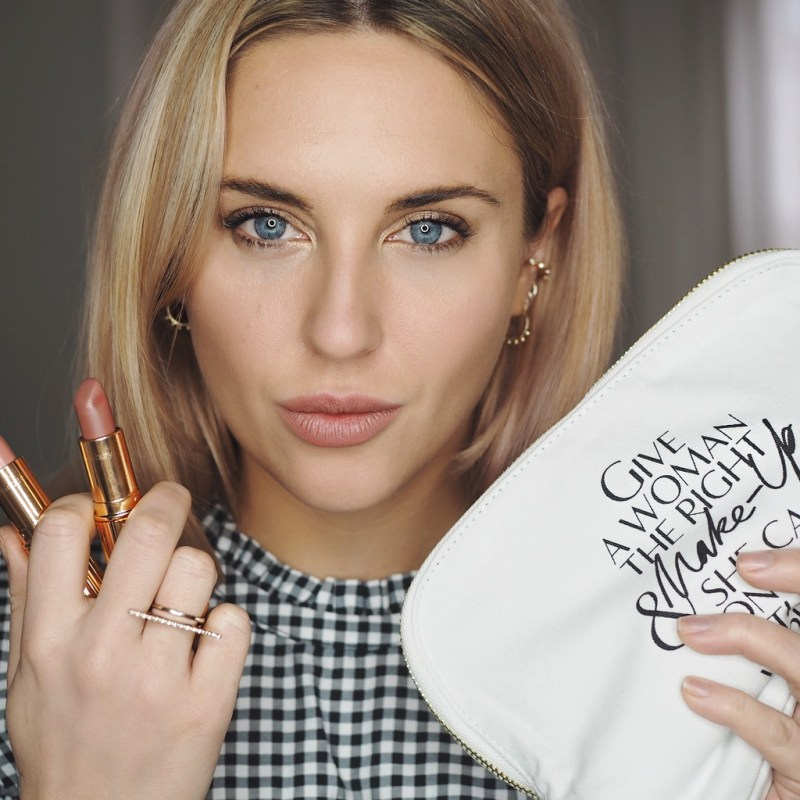 VALENTINE'S DAY MAKEUP LOOK WITH CHARLOTTE TILBURY