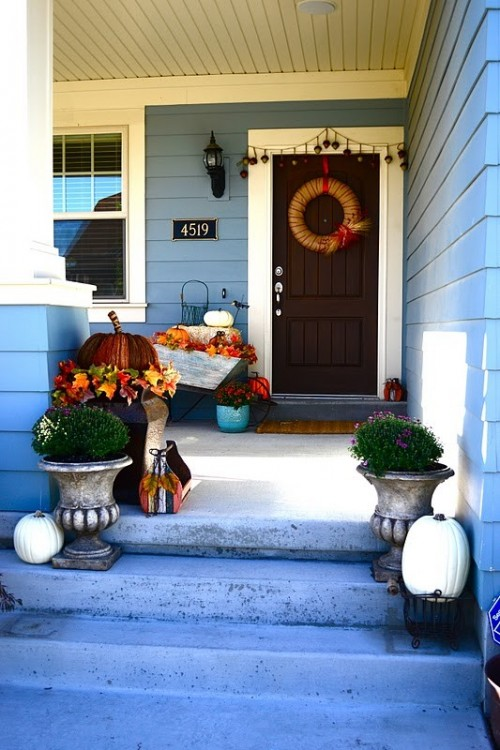 15 Creative Porch Decorating Ideas For Halloween Style