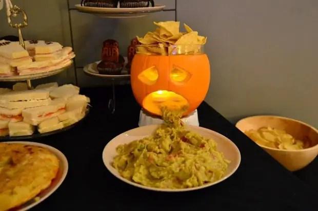 20 Great Halloween Table Decoration Ideas  Style Motivation