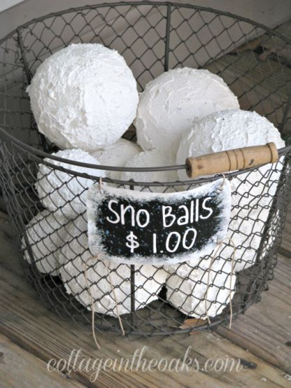 18 Awesome  Easy DIY Winter Home Decor Projects  Style Motivation