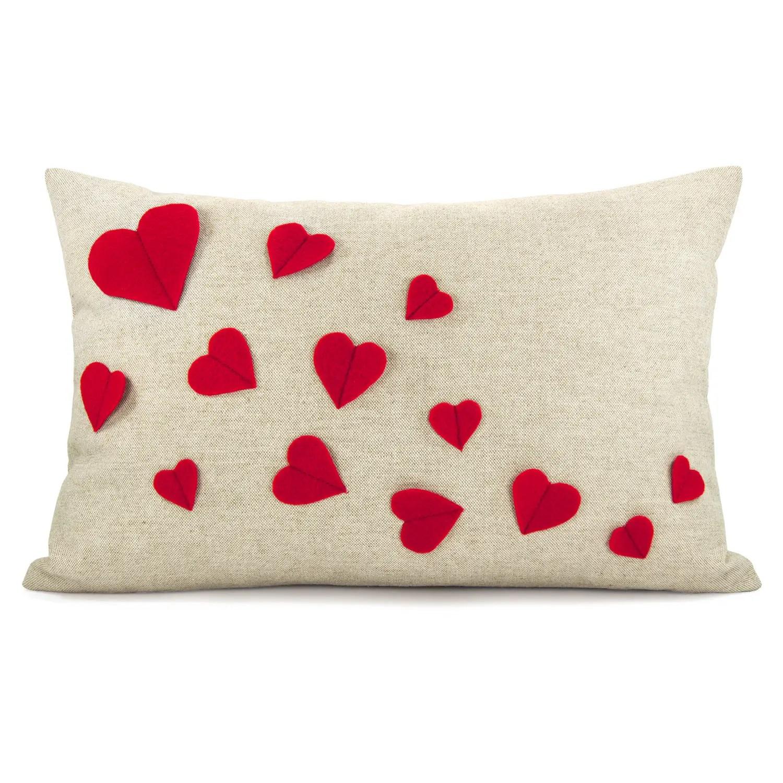 20 Charming Handmade Valentines Day Pillow Designs