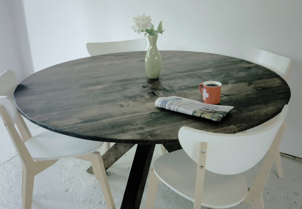 round rustic kitchen table black flooring ideas 22 country style diy projects from reclaimed wood - ...